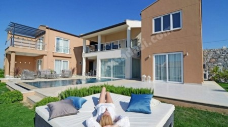 Luxury Detached Golf and Spa Villas in Kusadasi