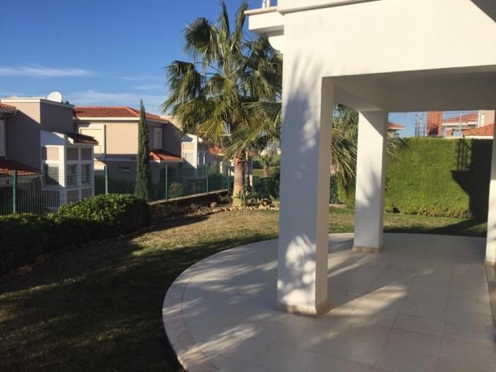 Sea View Detached Villa With Private Garden in Kusadasi