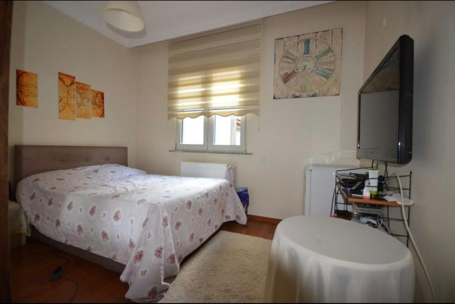 CENTRALLY LOCATED 3 BEDROOM APARTMENT NEAR TO SEASIDE & SHOPPING STREET